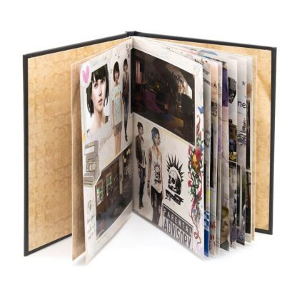 Life is Strange Art Book (open)